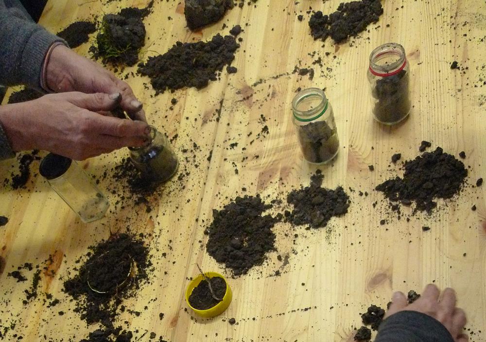 DIY Soil testing, Debra Solomon for urbaniahoeve.nl and culiblog.org